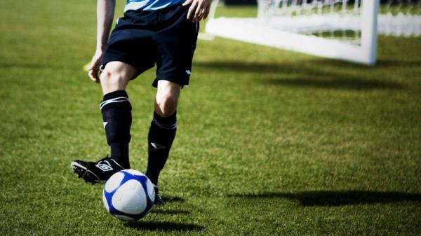 نکاتی درباره ی پاس دادن در فوتبال,پاس دادن در فوتبال,روش صحیح پاس دادن در فوتبال