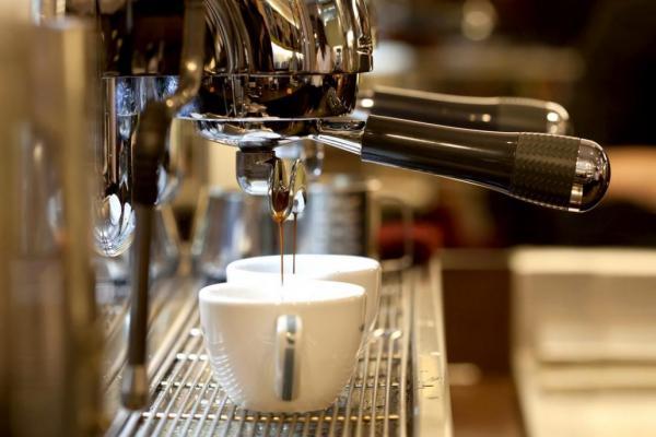 مبارزه با افسردگی یکی از خواص قهوه,خواص قهوه,خواص قهوه در جوانسازی پوست