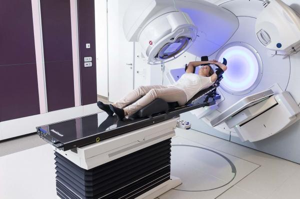 طول درمان بیمار پرتو درمانی,عوارض پرتو درمانی در سرطان