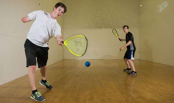 رشته ورزشی راکت بال,راکت بال چیست,قوانین ورزش راکت بال