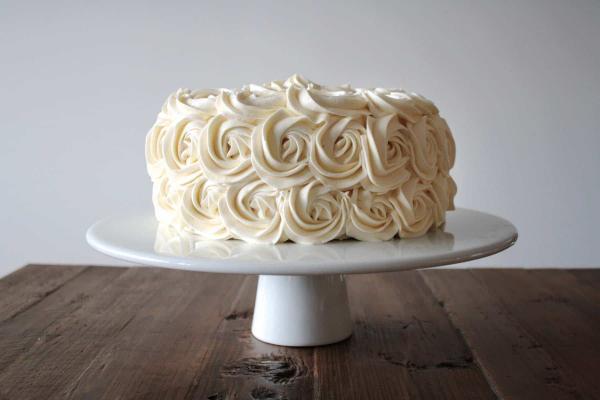 طرز تهیه خامه کیک,طرز تهیه خامه کیک به روش ساده,طرز تهیه خامه کیک با خامه صبحانه