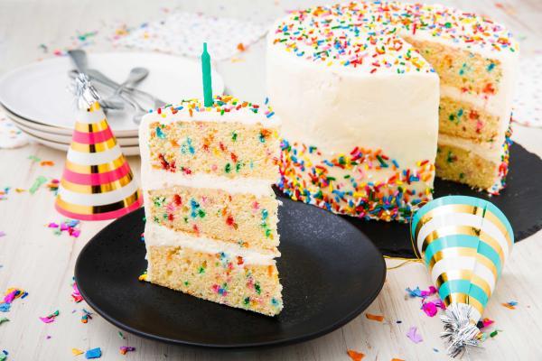 طرز تهیه خامه کیک,طرز تهیه خامه کیک با تخم مرغ,طرز تهیه خامه کیک خانگی