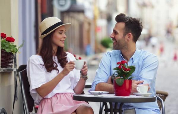 روابط عاشقانه,نشانه های استحکام,صحبت کردن با همسر