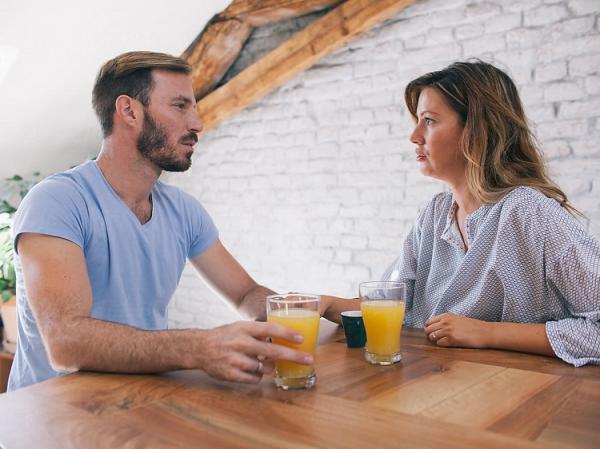روابط عاشقانه,نشانه های استحکام,خودداری از کشمکش در زندگی