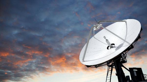 اینترنت ماهواره ای استارلینک,مزایای اینترنت ماهواره ای,سرعت اینترنت ماهواره ای