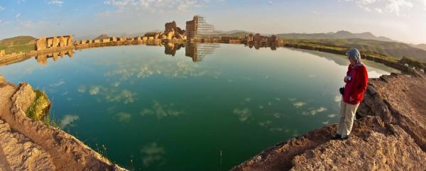 دریاچه تخت سلیمان,ترسناکترین دیدنیهای ایران,عجیبترین دیدنیهای ایران
