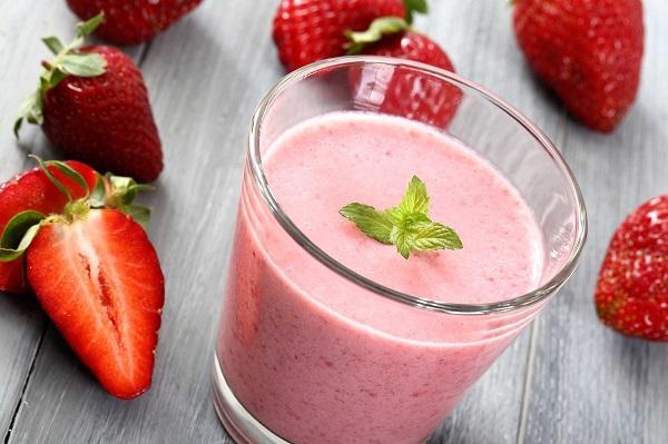 شیک های پروتئینی,مواد مغذی,نوشیدنی های مقوی