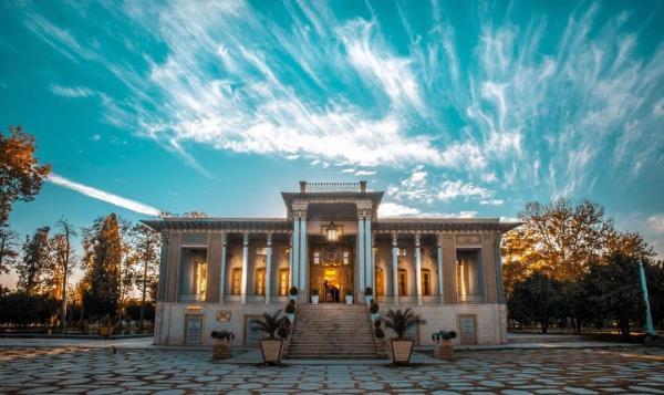 جاهای دیدنی شیراز همراه با عکس,فهرست جاهای دیدنی شیراز,جاهای دیدنی شیراز