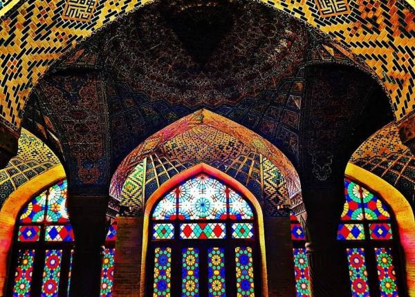 آشنایی با جاهای دیدنی شیراز,معرفی جاهای دیدنی شیراز,جاهای دیدنی شیراز