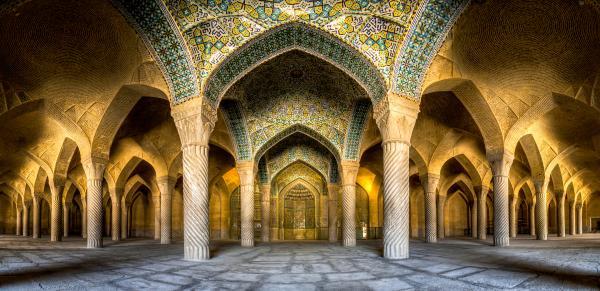جاهای دیدنی شیراز,لیست جاهای دیدنی شیراز,آشنایی با بهترین جاهای دیدنی شیراز