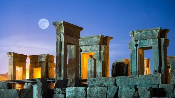 جاهای دیدنی شیراز,تصاویر جاهای دیدنی شیراز,معرفی جاهای دیدنی شیراز
