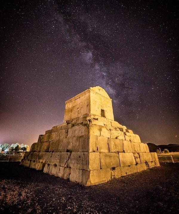 جاهای دیدنی شیراز و مکان های تاریخی,جاهای دیدنی شیراز,