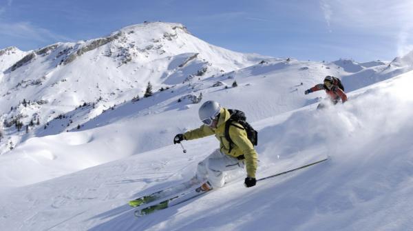 بازی اسکی,ورزش اسکی,وسایل اسکی