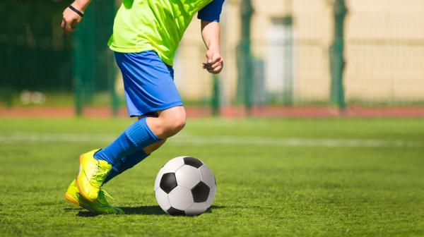 مدرسه فوتبال,مشخصات یک مدرسه فوتبال خوب,انواع مدرسه فوتبال