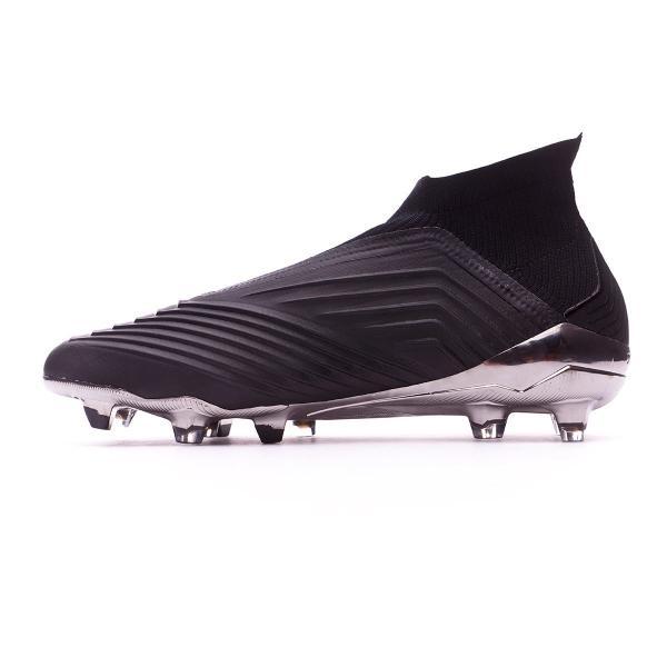 کفش فوتبال,راهنمای خرید کفش فوتبال,انتخاب کفش فوتبال بر اساس نوع زمین