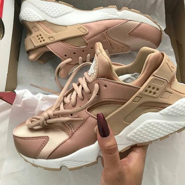 کفش اسپرت دخترانه,مدل کیف و کفش اسپرت دخترانه,جدیدترین مدل کفش اسپرت دخترانه