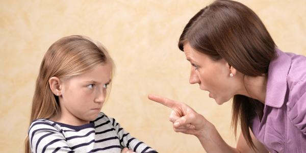 نحوه صحیح برخورد با کودک لجباز,کودک لجباز,نحوه برخورد با کودک لجباز
