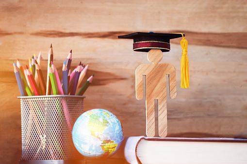 ویزای دانشجویی,شرایط اخذ ویزای دانشجویی,مدارک لازم برای ویزای دانشجویی کانادا