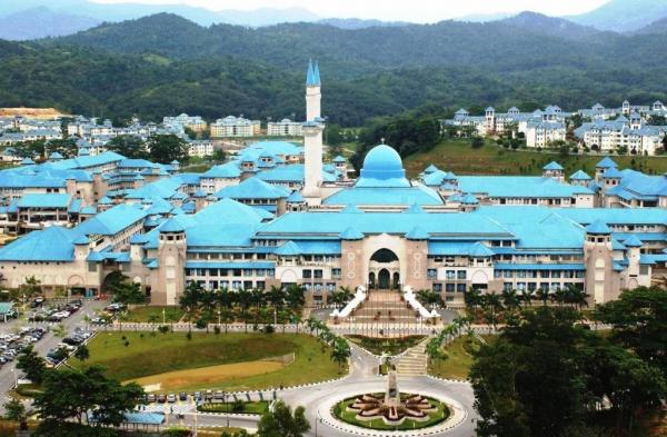 تحصیل در مالزی,کار دانشجویی وتحصیل در مالزی,تحصیل در مالزی در مقطع کارشناسی