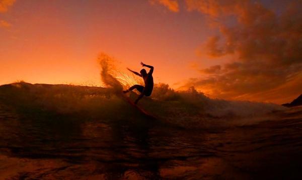 تاریخچه موج سواری,موج سواری,عکس موج سواری