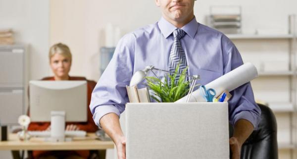 تعلیق قرارداد کار,تعلیق قرارداد کار چیست,عوامل تعلیق قرارداد کار