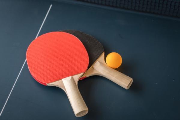 رقابت های تنیس روی میز,بازی پینگ پنگ,ویژگی های توپ تنیس روی میز