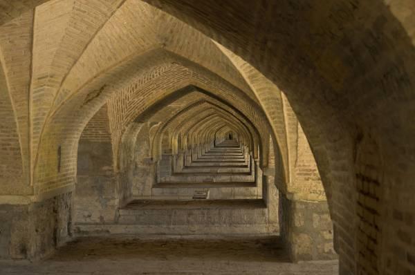 سی و سه پل اندازه دهانه,سی و سه پل اصفهان,سی و سه پل