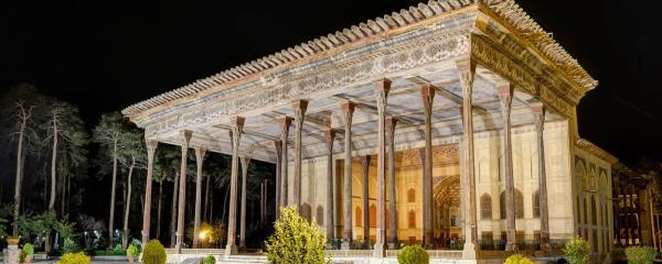 چهل ستون,جاهای دیدنی اصفهان,بهترین جاهای دیدنی اصفهان