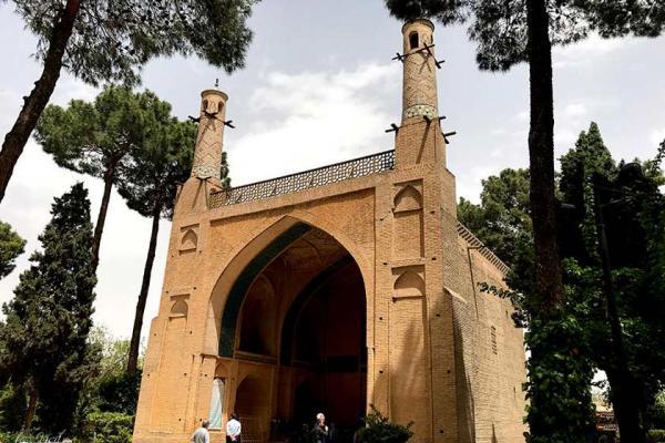 جاذبه های گردشگری اصفهان,چهل ستون,جاهای دیدنی اصفهان