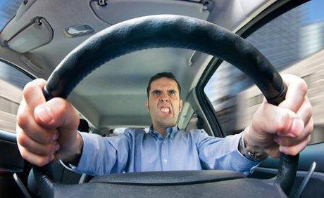 چکاپ خودرو قبل از زیان دیدنش,عملکرد خودروهای کارکرده,خسارات نادیده گرفتن چراغ روشن موتور,خسارات چک نکردن قطعات خودرو,خسارات عدم نگهداری صحیح خودرو
