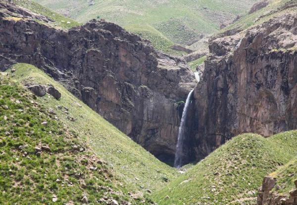 روستا گردی در ایران,زیبایی های روستا آبنیک,طبیعت گردی در ایران