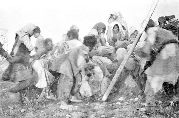 دوران قحطی در جنگ اول دوره مشروطه,بزرگترین تراژدیهای تاریخ معاصـر ایـران,شرایط تورم و قحطی در طی جنگ ها در ایران