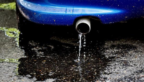 خروج آب از اگزوز,نشانه خروج آب از اگزوز,علت اصلی خروج آب از اگزوز