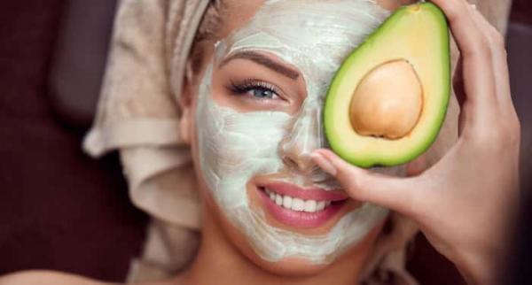 پاکسازی و آبرسانی پوست صورت,آبرسانی پوست صورت در خانه,آبرسانی پوست