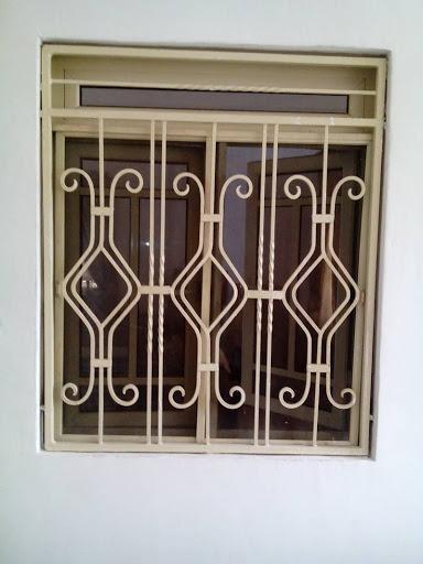 حفاظ پنجره,معیارهای حفاظ پنجره ایمن,چگونگی نصب حفاظ پنجره