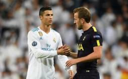 دست دادن پس از بازی فوتبال,دست دادن بعد از بازی فوتبال,دست دادن برای صلح در بازیهای فوتبال